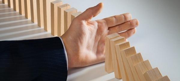 Domino, Organization, Risk.